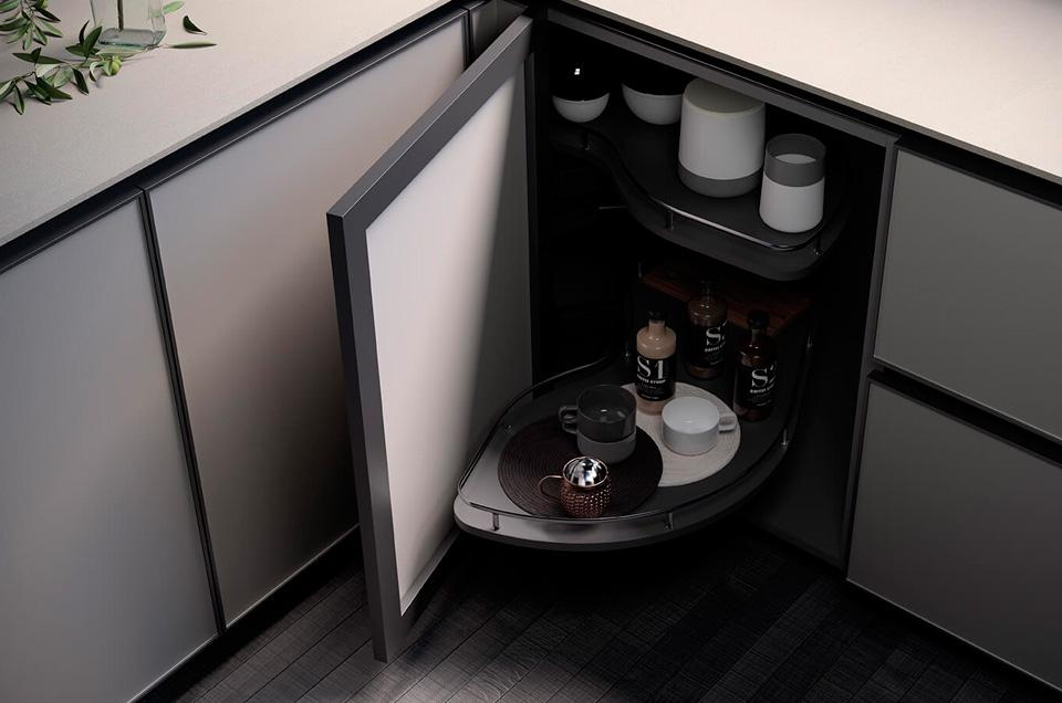 Algunos herrajes extraíbles que harán más funcional tu cocina